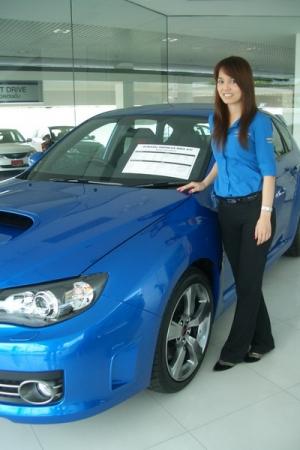 หลุดพนักงานสาวขาย Subaru