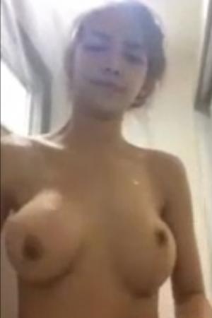 สาวไทยนมใหญ่ ถ่ายตอนอาบน้ำ